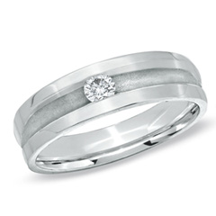 Ladies' 0.125 CT. Diamond Solitaire Wedding Band in 10K White Gold