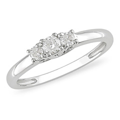 1/4 CT. T.W. Diamond Three Stone Ring in 10K White Gold